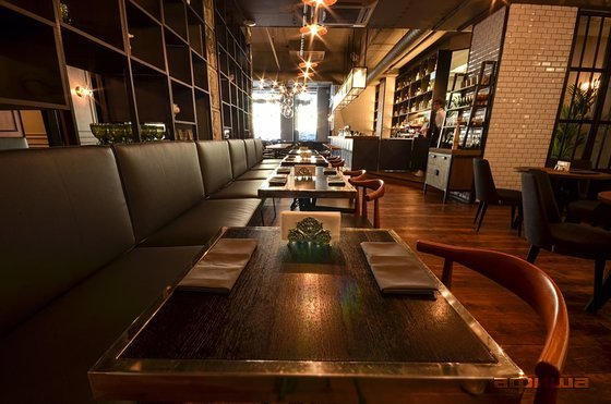 Ресторан Avenue 55 - фотография 1
