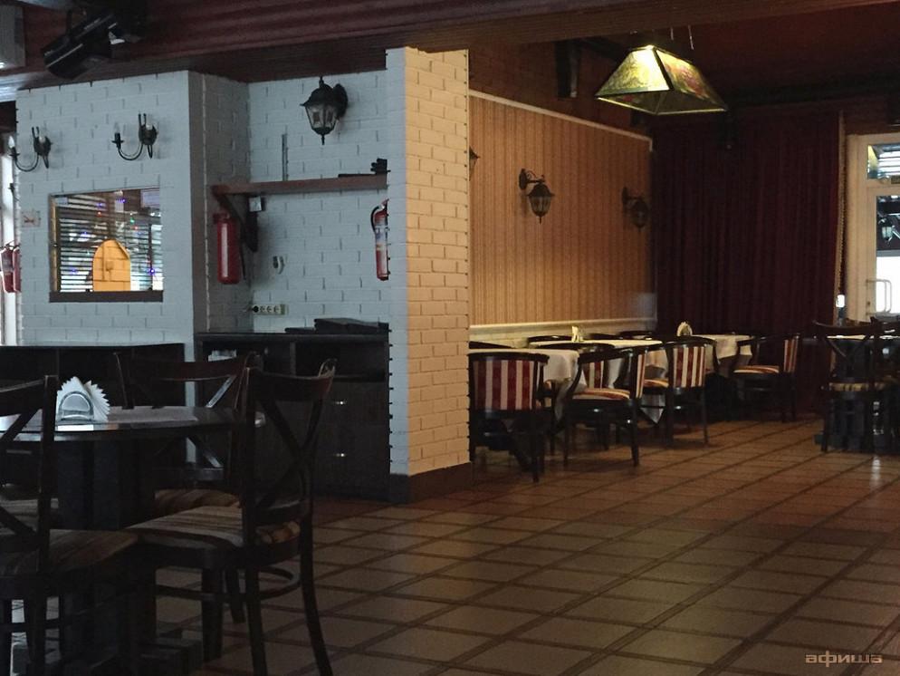 Ресторан Шашлычный дворик - фотография 2