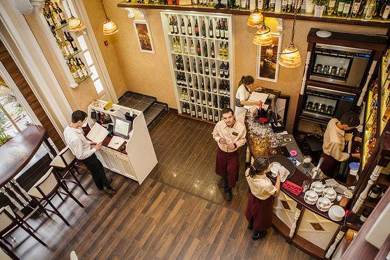 Ресторан Вино и сыр - фотография 6