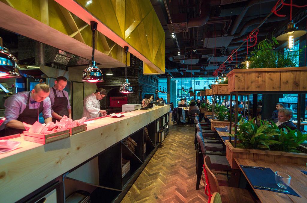 Ресторан Adri BBQ Wine - фотография 10