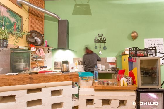 Ресторан Jiva Burgers - фотография 21
