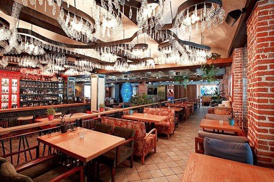 Ресторан Rodina южной кухни - фотография 10