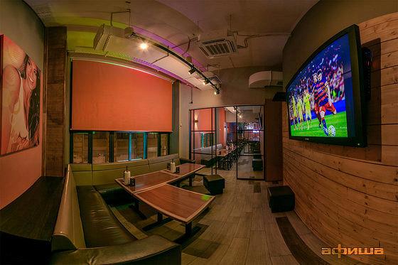 Ресторан Hooters - фотография 1