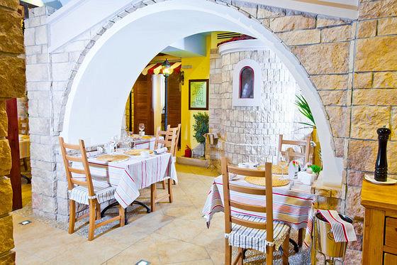 Ресторан Монтенегро - фотография 1