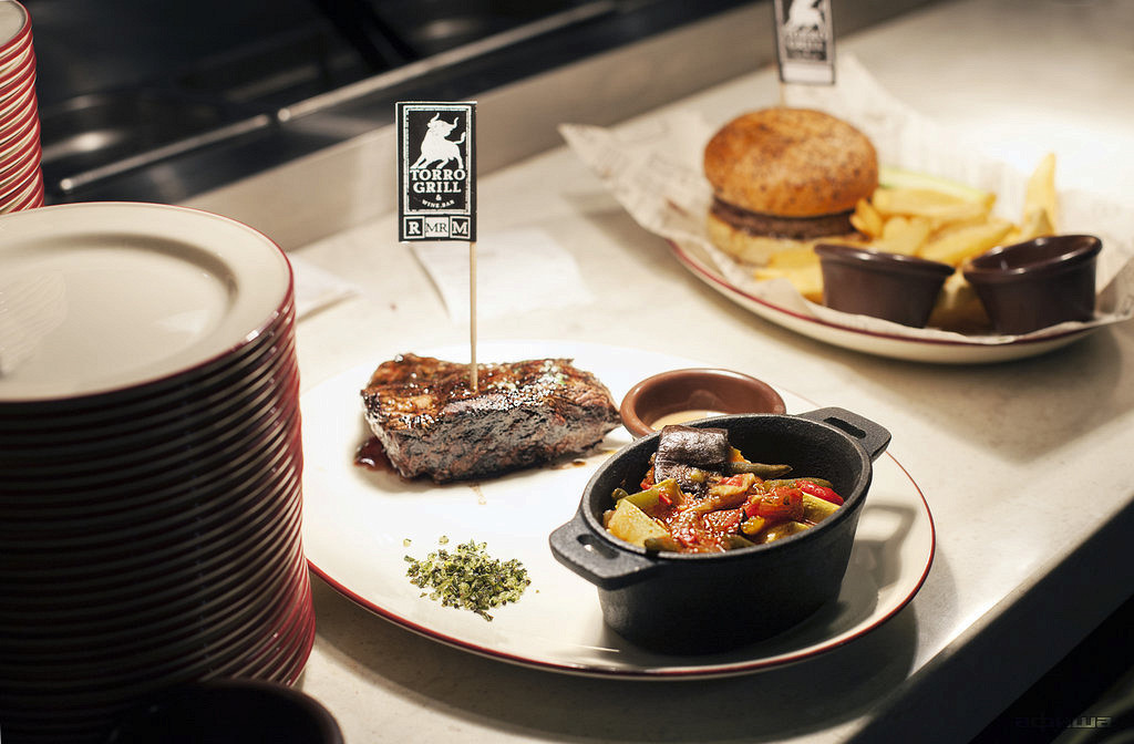 Ресторан Torro Grill - фотография 1
