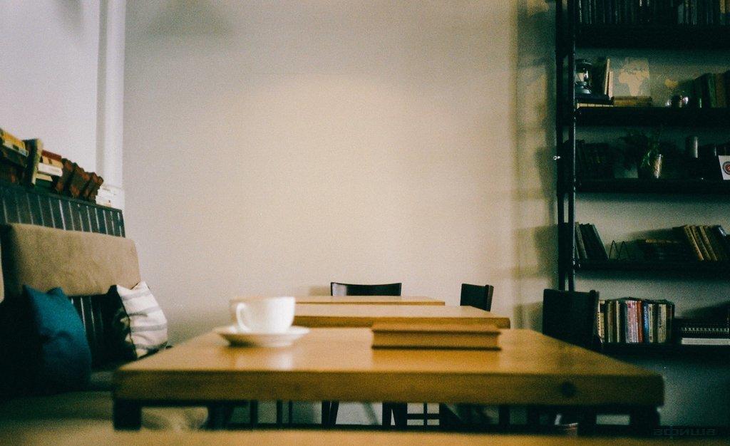 Ресторан Библиотека кофе - фотография 1