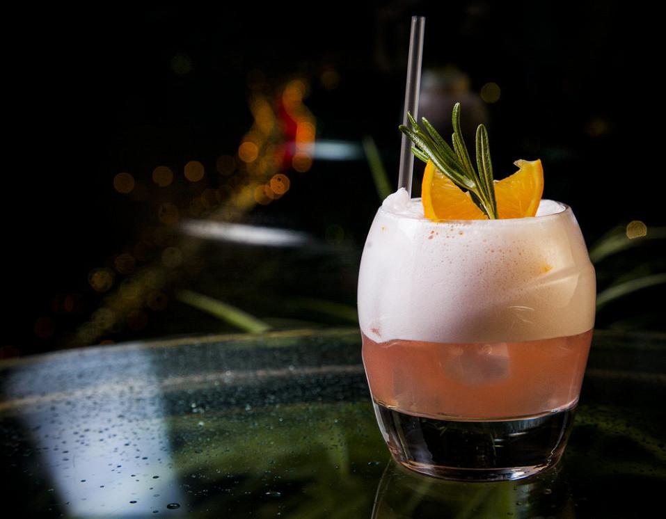 Ресторан Mercedes Bar - фотография 18