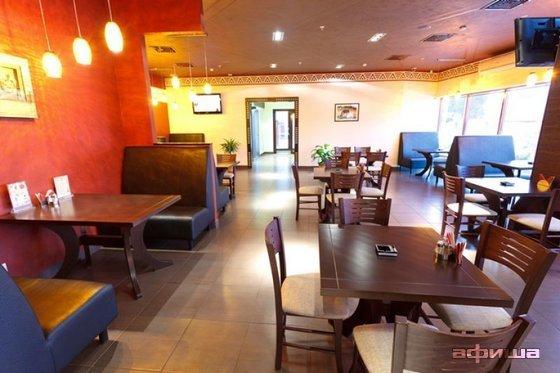 Ресторан Zullus - фотография 5