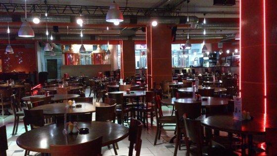Ресторан Частная пивоварня Спиридонова - фотография 2