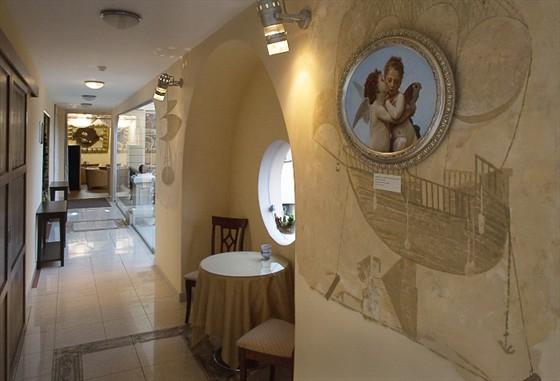 Ресторан У Кремля - фотография 5 - Залы обьединены между собой светлыми проходами