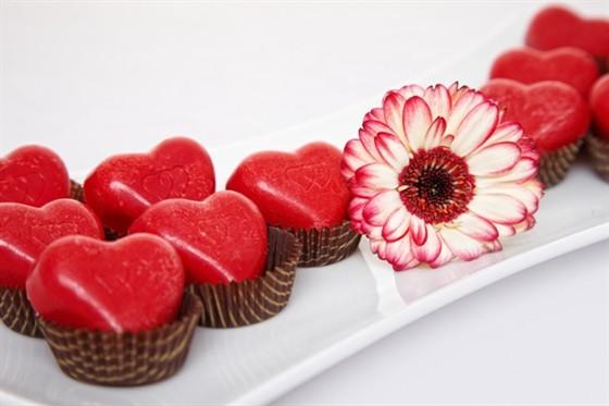 """Ресторан Lightbar - фотография 12 - Коробочка конфет """"От сердца к сердцу"""" на День Святого Валентина"""