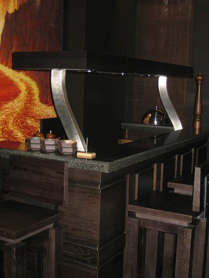 Ресторан Японский дворик - фотография 5 - один из первых нанотехнологичных тепаннов в Москве