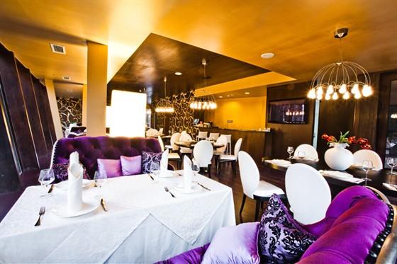 Ресторан Mona - фотография 4