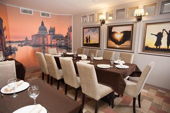 Ресторан Ротонда - фотография 10 - VIP - зал  для  обедов, переговоров, и  мини-банкетов  до  20  человек