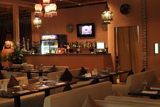 Ресторан Ду-шеш - фотография 4 - барная стойка