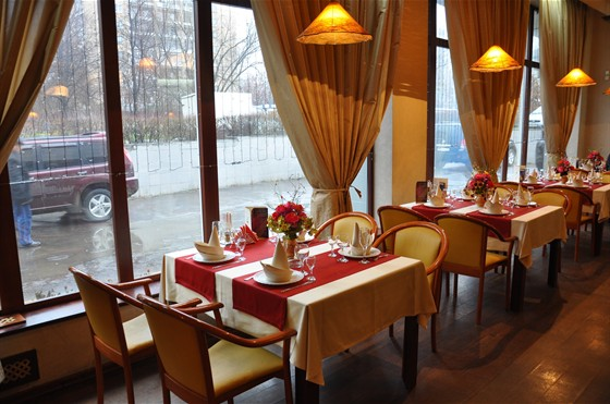 Ресторан Студия вкуса - фотография 7 - основной зал