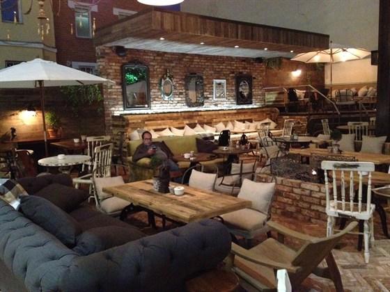 Ресторан Dvor - фотография 10