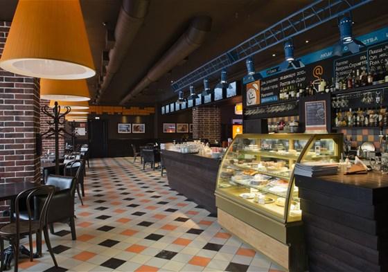 Ресторан Питькофе: Социальные сети - фотография 1 - Верхний зал