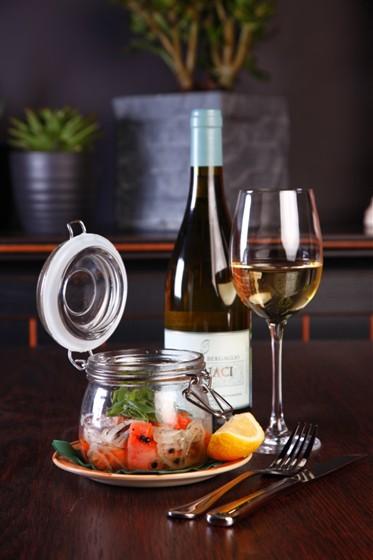 Ресторан Бутчер - фотография 28 - Маринованный лосось
