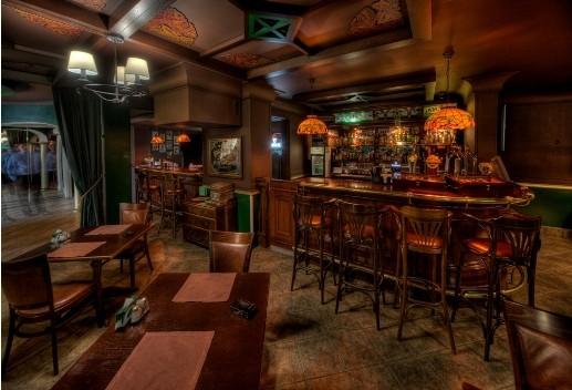 Ресторан Rosie O - фотография 5 - Барная стойка ирландского зала