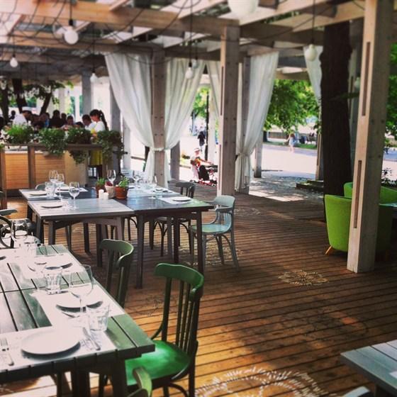Ресторан Теплица в Нескучном саду - фотография 7