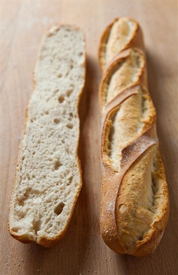 Ресторан Булка - фотография 15 - Пшеничный багет