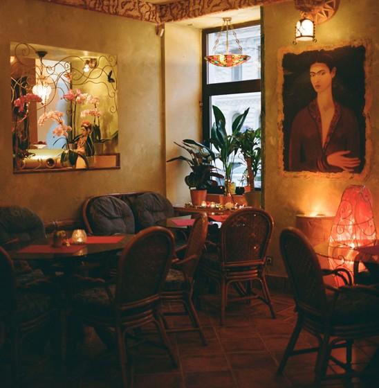 Ресторан Фрида - фотография 8 - второй зал кафе