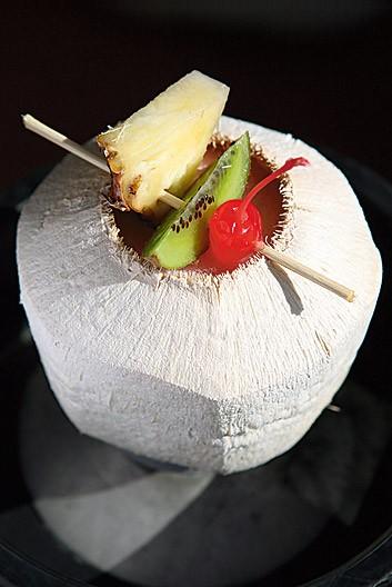 Ресторан Tiki Bar - фотография 7
