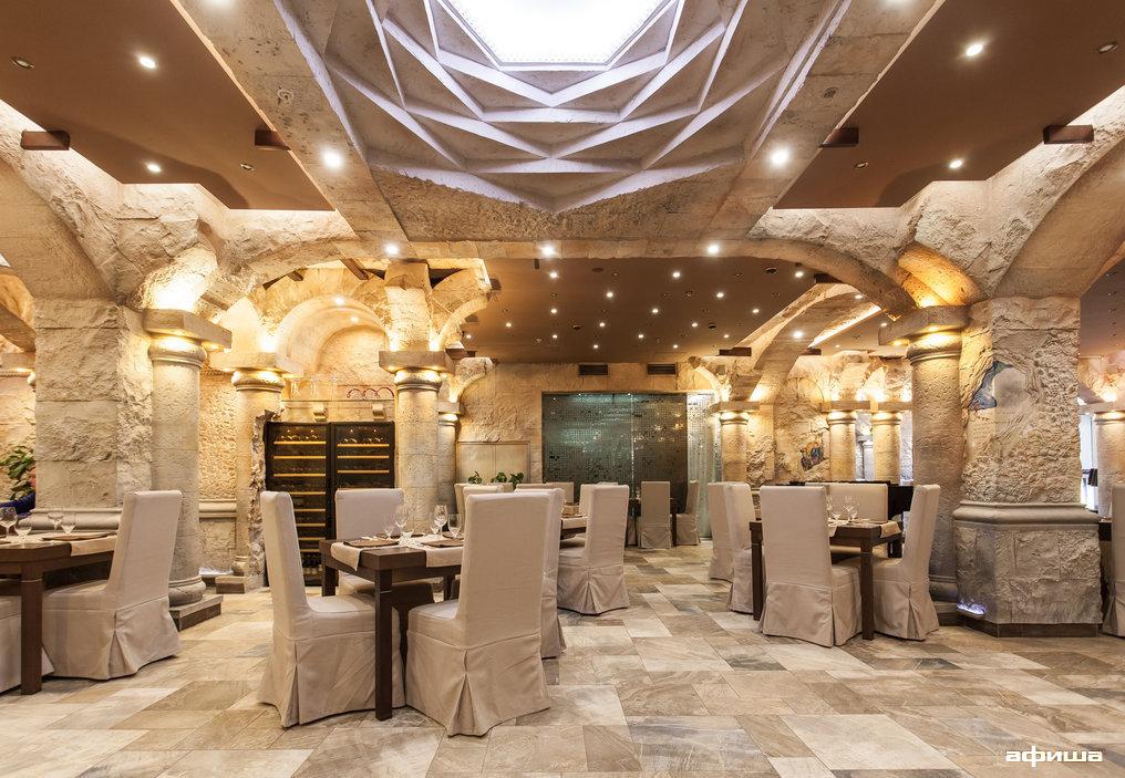 Ресторан Noyan Tun - фотография 11