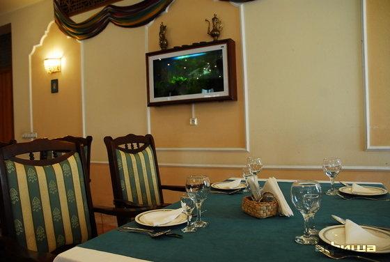 Ресторан Ресторан при посольстве Узбекистана - фотография 10