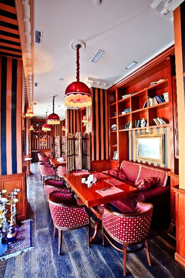 """Ресторан Пушкинист - фотография 6 - Зал """"Библиотека"""""""