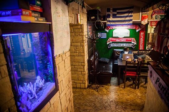 Ресторан Roy Castle Pub - фотография 3 - Вход.