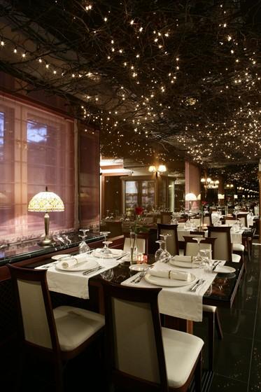 Ресторан Byron - фотография 5 - Основной зал