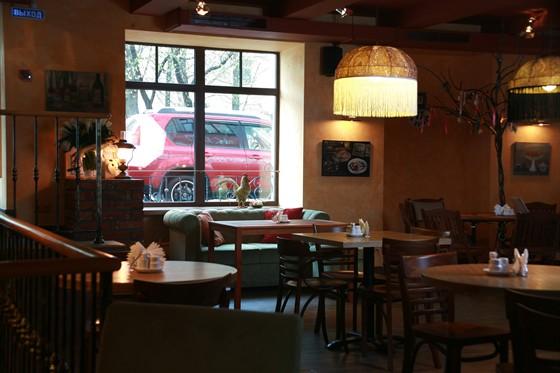 Ресторан Образ жизни  - фотография 12 - диванчик при входе