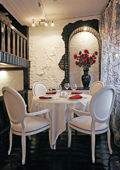 Ресторан Castle Rose - фотография 1