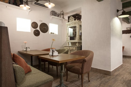Ресторан Всякая всячина - фотография 4 -  Зона lounge