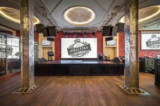 Ресторан XXXX Baltika Brew - фотография 2 - концертная площадка