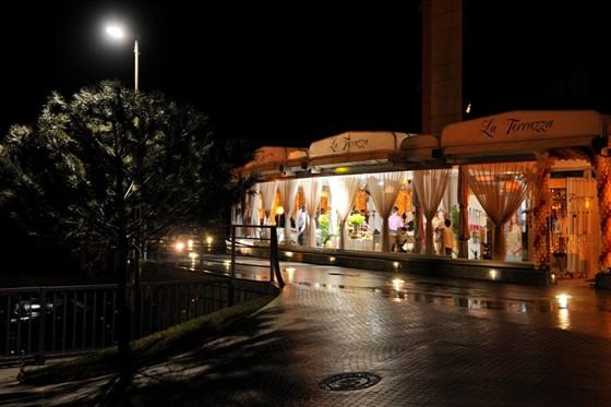 Ресторан La terrazza - фотография 20 - Открытие 12 марта 2011 год.