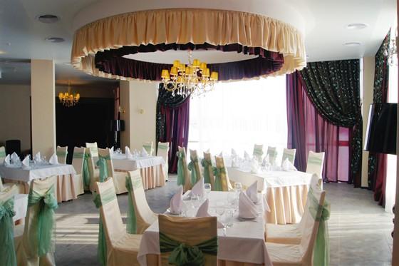 Ресторан Юность - фотография 4 - R-ker. 2ой банкетный зал