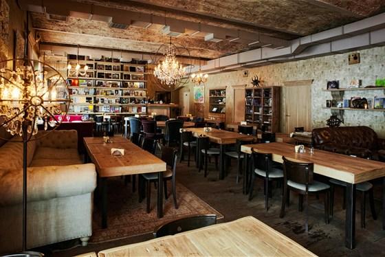 Ресторан Bookafe - фотография 4
