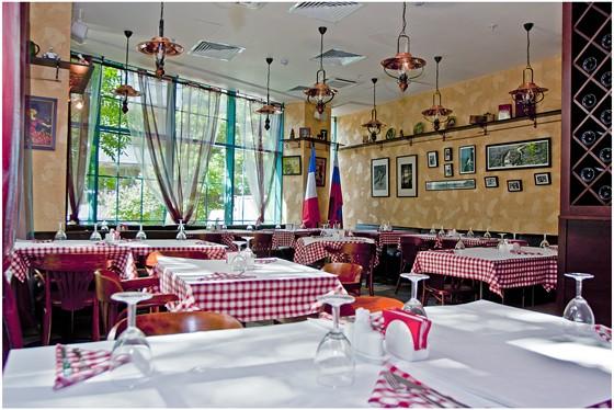 Ресторан Canaille - фотография 1 - Внутренний зал ресторана
