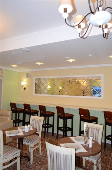 Ресторан Миндаль - фотография 3 - Интерьер