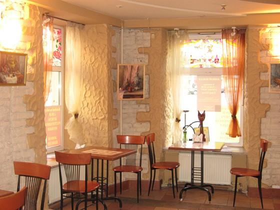 Ресторан Зерно истины - фотография 1 - Всегда светло и уютно