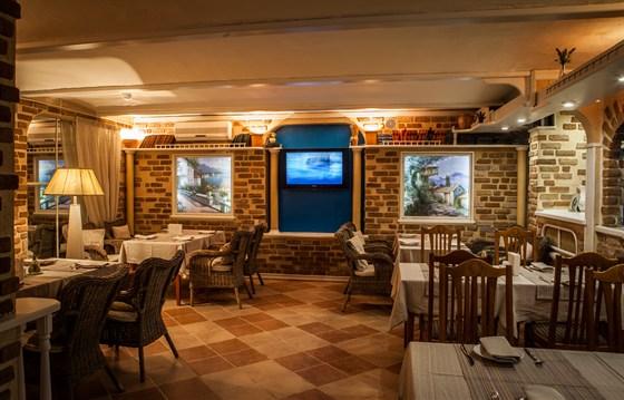 Ресторан Merci - фотография 1