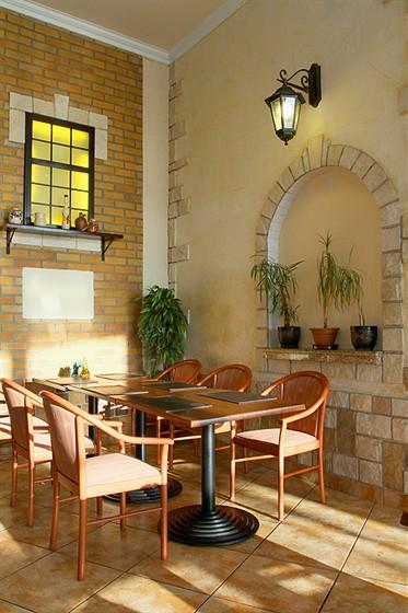 Ресторан Панчо-пицца - фотография 2 - Столики