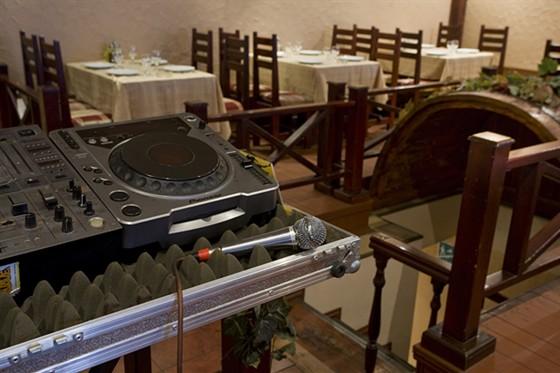 Ресторан Семейный очаг - фотография 7