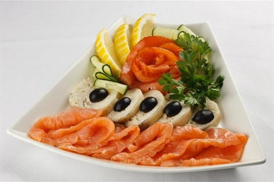 Ресторан Метаморфоз - фотография 26 - Рыбное ассорти / Банкетное меню