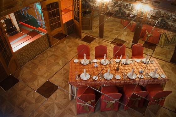 Ресторан Красная мельница - фотография 4 - Вип-ложа Гранд-холла