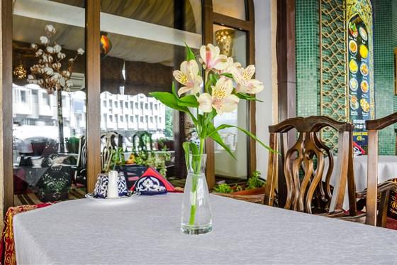 Ресторан Самарканд - фотография 14 - Летняя веранда в Самарканде
