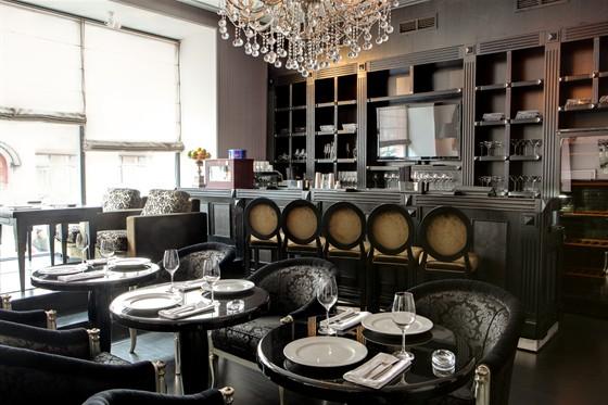 Ресторан Noodles - фотография 9 - Интерьер ресторана – бар